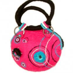 1980's Retro Pink felt handbag with removable brooch